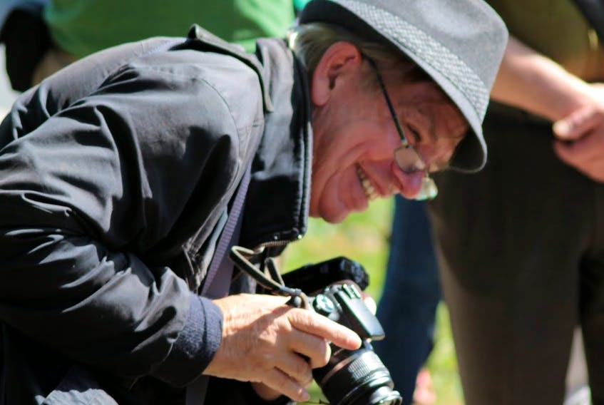Robert DeVet, a longtime advocacy journalist based in Halifax, has died at age 66.