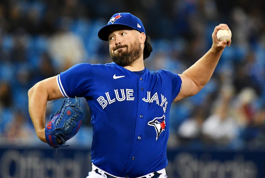 Blue Jays starting pitcher Robbie Ray delivers a pitch against the New York Yankees in the first inning. DAN HAMILTON/USA TODAY SPORTS