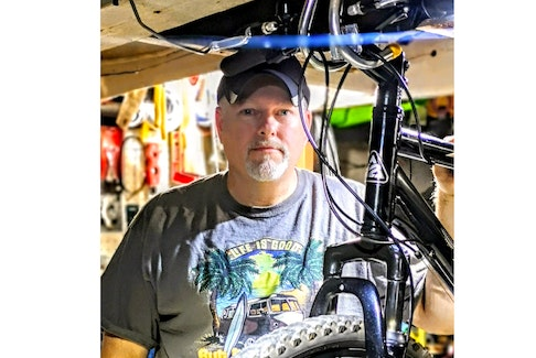 Jon Keachie runs a non-for-profit bike service for those in financial need.