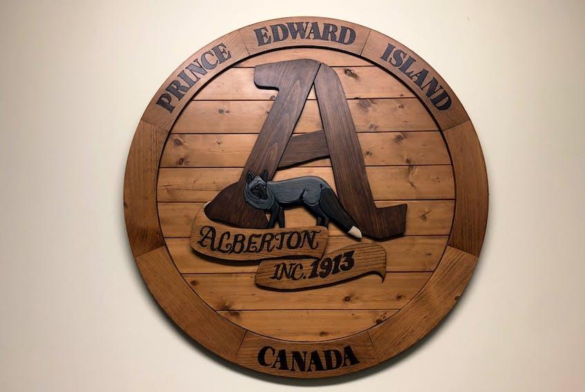The Alberton town crest.