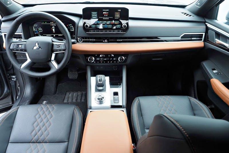 The interior of the 2022 Mitsubishi Outlander is positively modern. Chris Balcerak/Postmedia News - POSTMEDIA