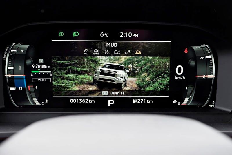 The 2022 Mitsubishi Outlander has a whole raft of new electronic safety features. Chris Balcerak/Postmedia News - POSTMEDIA