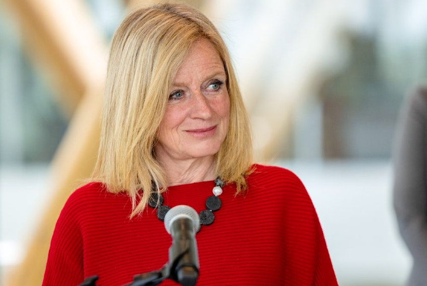 NDP Opposition Leader Rachel Notley is proposing Alberta follow the lead of B.C. and Saskatchewan and give workers three hours of paid leave to get vaccinated.