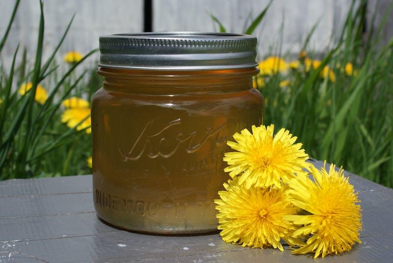 Jen Murphy of Dakeyne Farm has found an innovative way to incorporate dandelions into the food she produces: making dandelion jelly. It tastes