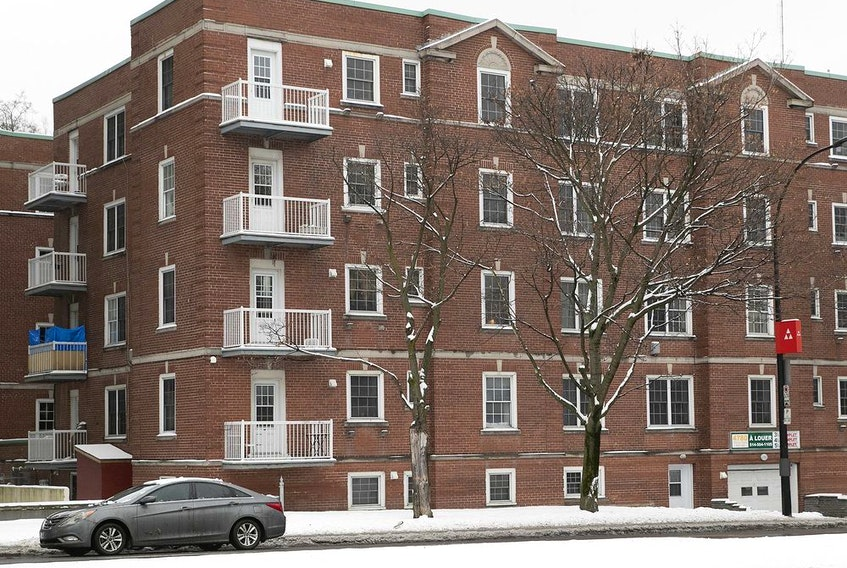 A building where an attempted murder took place inside the interior parking lot on Côte-des-Neiges Rd. in December 2020. Robert Novy Pierre and Willy St Jean, were convicted of the attempted murder.