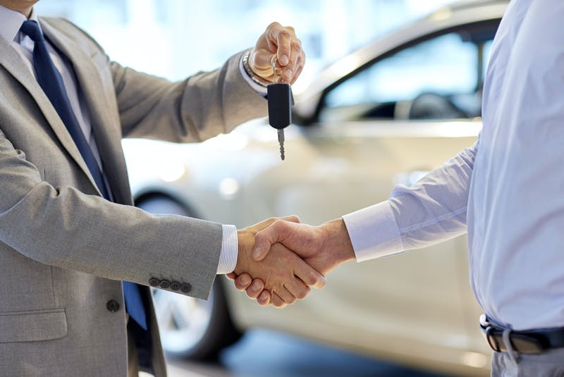 """It's relatively easy to figure out the effective — or """"real"""" — interest rate you're paying for that """"bargain"""" new-car financing. 123rf stock photo - POSTMEDIA"""