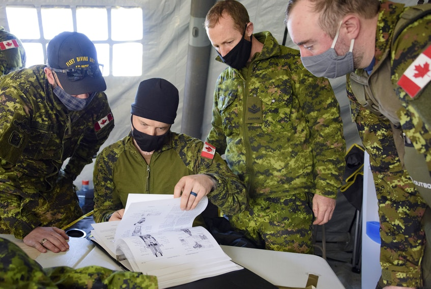 Members of the Maritime Explosive Ordnance Disposal (MEOD) Team from Fleet Diving Unit (Atlantic) have been working to remove a 500-lb UXO from the Second World War in the vicinity of Chebogue, Yarmouth County. Once removed, it will be transported to a local quarry for disposal. While the risk at this site is assessed as low, the removal of this WWII era UXO will make this area safer for local residents. Fleet Diving Unit (Atlantic) has highly trained Explosive Ordnance Disposal technicians ready to safely remove this UXO and return the area safe and secure. PHOTO: Master Corporal Ian Thompson, Canadian Armed Forces
