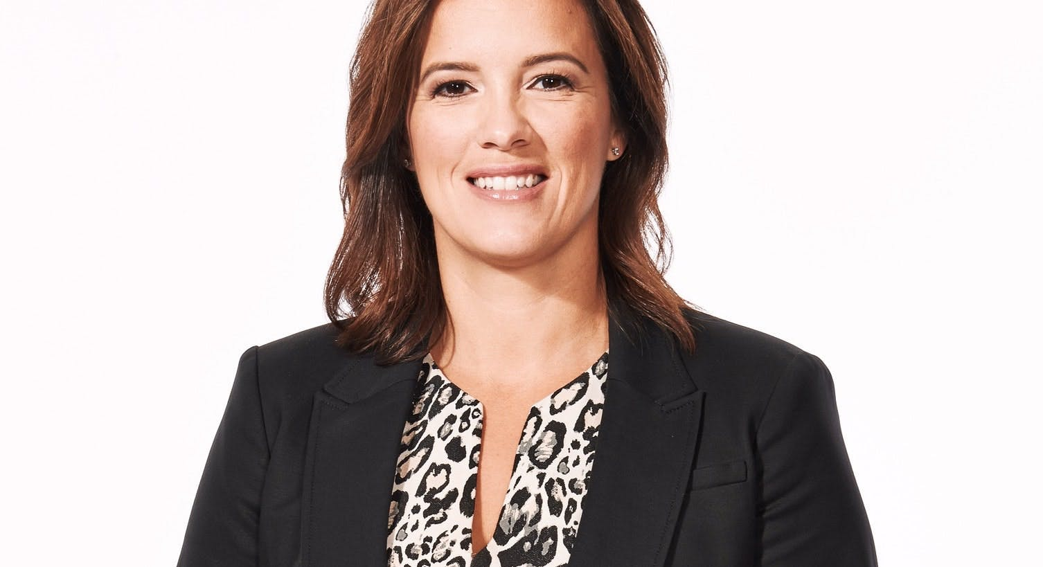 On a recent Hockey Night in Canada broadcast, Cassie Campbell-Pascall called Nova Scotia's premier 'fairly inexperienced' and demanded he apologize for cancelling the Women's World Hockey tournament .