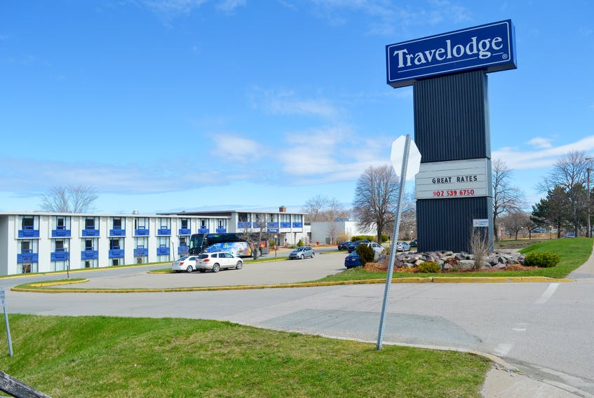 """The Travelodge on Kings Road in Sydney on Thursday. The president of the union representing workers at the hotel said he is """"extremely disappointed"""" that staff weren't notified that a guest tested positive for COVID-19. Chris Connors • Cape Breton Post"""