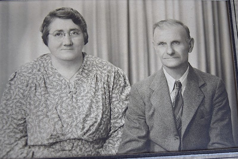 Fred Peach with his wife, Susan. The couple raised 12 children in their Port Morien home he built in 1910. CONTRIBUTED