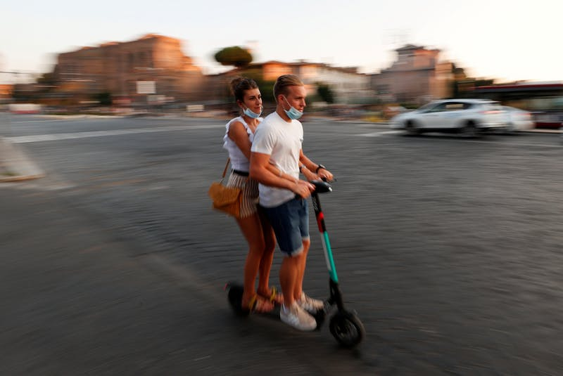 The impact of electric scooters is minimized by the fact they're only good in ideal weather conditions. REUTERS file photo/Guglielmo Mangiapane - POSTMEDIA