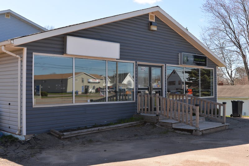 Arlington Orchards is opening a new market store toward the end of June at 661 Main St. in Cornwall in the space on the left.  - TERRENCE MCEACHERN • The Guardian