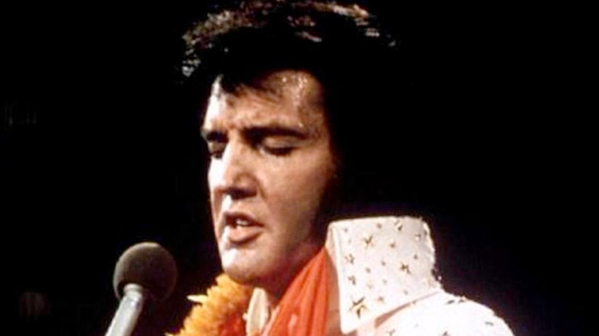 """Elvis Presley performs in concert during his """"Aloha From Hawaii"""" 1972 television special. — Reuters file photo"""