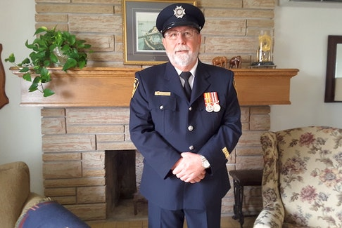 Lee Emanuel recently retired from the Hilden Volunteer Fire Brigade after 40 years of service.