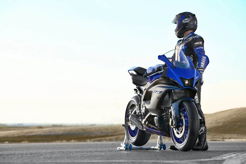 The 2022 Yamaha YZF-R7 joins the ranks of twin-cylinder middleweight super sportbikes. Yamaha/Handout - POSTMEDIA