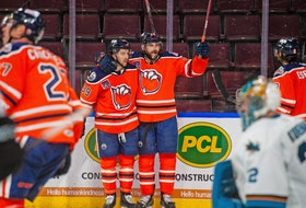 The Bakersfield Condors captured their second American Hockey League Pacific Division title in three seasons Saturday in Las Vegas.