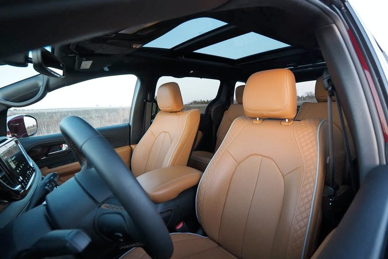 The 2021 Chrysler Pacifica Pinnacle is a rolling, highly connected, extremely versatile social lounge for friends and family. Justin Pritchard/Postmedia News - POSTMEDIA