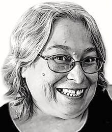 Sandra Louise Macneil