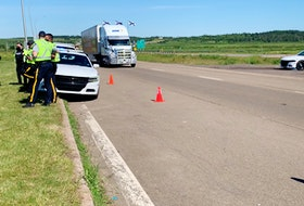 RCMP maintained a strong presence at the Nova Scotia-New Brunswick border Thursday, a day after breaking up a blockade that began late Tuesday night and ended nearly 24 hours later.