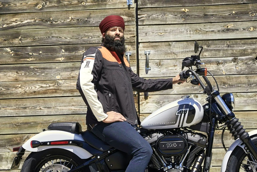 The Tough Turban doesn't offer the same kind of protections as a traditional full-face motorcycle helmet, but can still save lives and/or prevent injuries. MotoFoto for Spark Innovation - POSTMEDIA