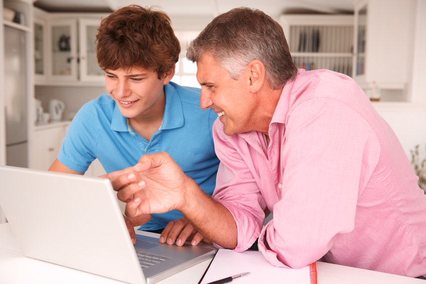 Talking with your kids about social media use, modelling good behaviour, setting appropriate boundaries and being available to discuss problems are all ways parents can help kids and teens navigate the online world. - RF Stock