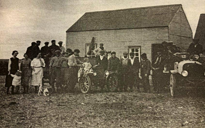 The farmhouse in Las Horquetas, Santa Cruz province, circa 1922.