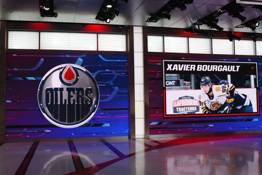 With the 22nd pick in the 2021 NHL Entry Draft, the Edmonton Oilers selected Xavier Bourgault at the NHL Network studios on July 23, 2021 in Secaucus, N.J.