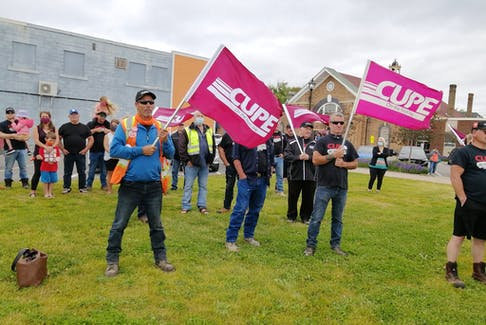 The Town of Grand Falls-Windsor and CUPE Local 1349 were back at the bargaining table on Monday hoping to take some steps toward a collective agreement.