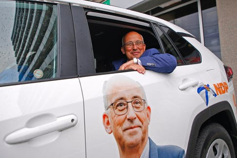 FOR ELECTION COVERAGE: NS NDP leader, Gary Burrill, smiles from the backseat of his campaign vehicle, after casting his early ballot at a returning centre in Halifax Wednesday July 28, 2021.  TIM KROCHAK PHOTO