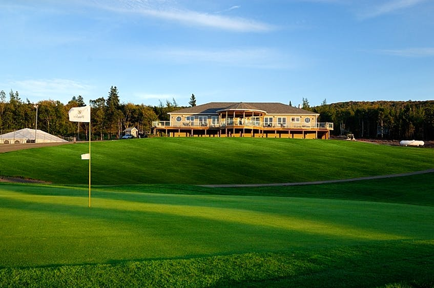 For couples or friend groups looking to get away for a few days of golf, Dundee's all-inclusive golf package is the perfect way to relax. - Photo Contributed