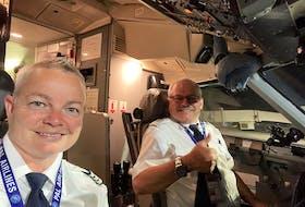 PAL Airline Pilots Wanda Clarke (left) and Leigh Kenington.
