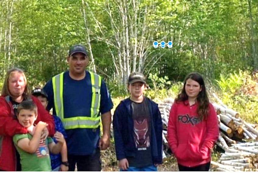 The Heighton family, from left, Elaine, Ryker, Chesney, Qunicy, Grayson and Berlyn.