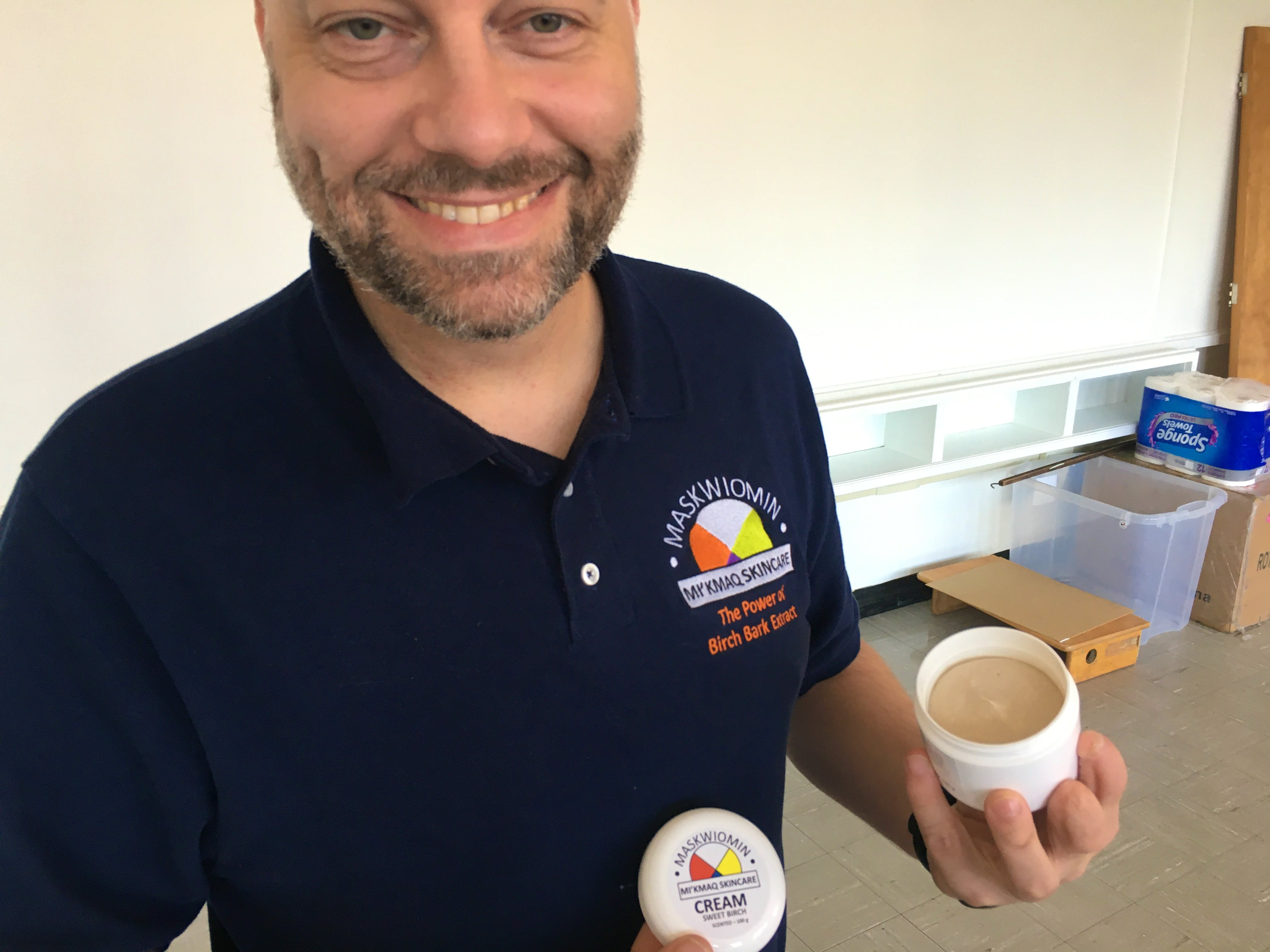 Matthias Bierenstiel shows off the cream he and business partner, Tuma Young, are selling under the name Maskwiomin. ARDELLE REYNOLDS/CAPE BRETON POST