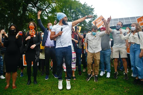 FOR NEWS STORY: NDP Leader Jagmeet Singh, jumps with his supporters, at the start of a campaign stop at the Commons Pavilion in Halifax Friday September 17, 2021.  TIM KROCHAK PHOTO
