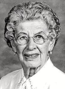 Elsie Winnifred (Reid) Macdonald