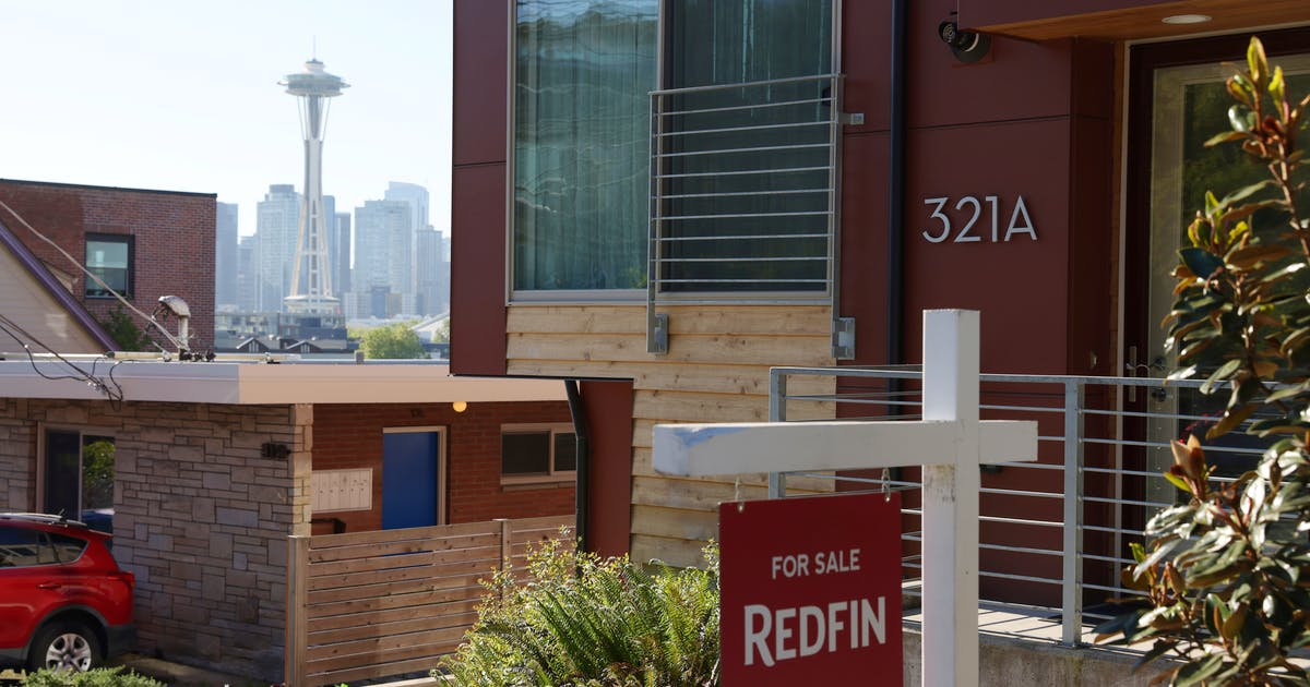 U.S. new home sales beat expectations; supply near 13-year high