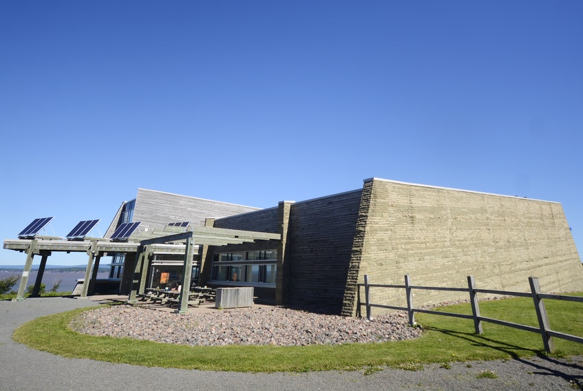 The Joggins Fossil Centre offers interesting learning programs throughout the summer for adults and children.