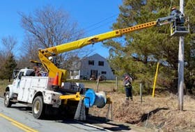 Roadside crews will be installing infrastructure for a fibre-optic internet project in Annapolis County in the coming days.