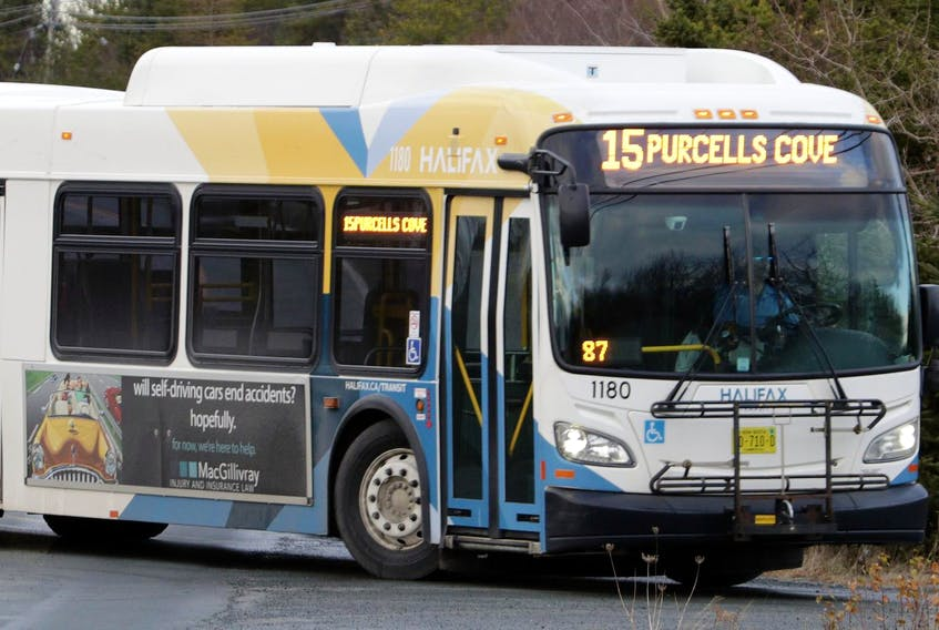 A Halifax Transit bus turns onto Fergusons Cove Road as it makes its way to York Redoubt. - Eric Wynne / File