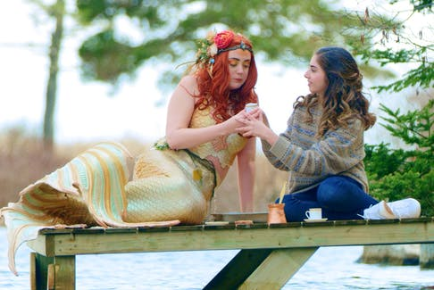 In the film Welcome — Ahlan wa Sahlan, neither of the mermaid nor the newcomer is familiar with being on land in Nova Scotia.