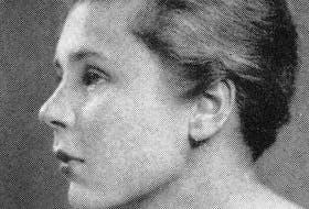 American poet Elizabeth Bishop in 1934.