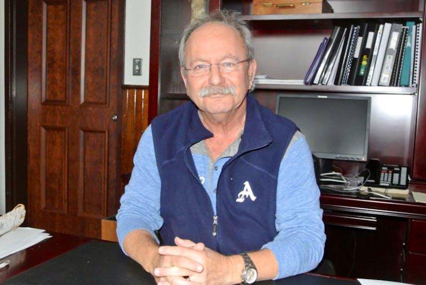 Amherst Mayor Dr. David Kogon
