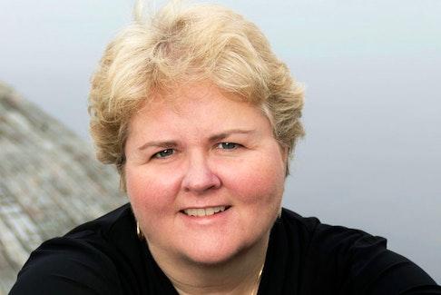 Myrna Gillis, CEO Aqualitis.