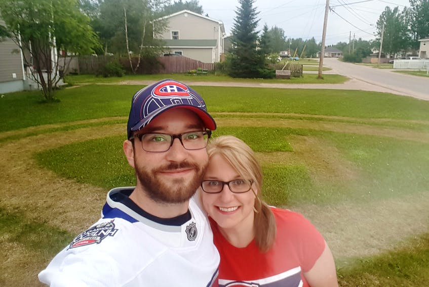 Dave Barnes decided to mow a Canadiens logo across his lawn. For his work, he was featured on NHL.com and other sites.