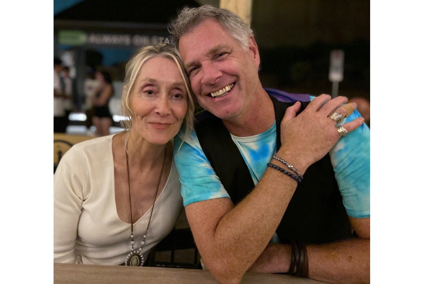 The performing duo of Jeanie & Charles, comprised of Jeanie Campbell and Charles Reid, will take the stage at Music At The Manse this Thursday and Friday in Marshfield.