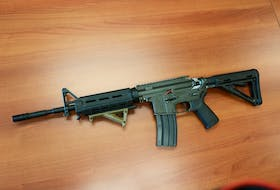 The airsoft gun confiscated after an incident in Summerside where witnesses allege a man was carrying the weapon and displaying it as if it were a real assault rifle.