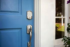 For a more secure home, this smart lock offers keyless entry with up to 100 pass codes, a built-in alarm and the ability to monitor usage of the lock with the Schlage Home App. SchlageCanada.com