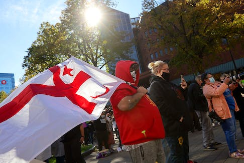Approximately 1,200 people converged on the Grand Parade in Halifax on Sunday afternoon for a rally in support of Mi'kmaq fishers.