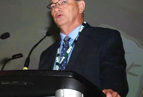 Jerry Earle, president of the Newfoundland and Labrador Association of Public and Private Employees, speaks Thursday at the union's biennial convention in St. John's.