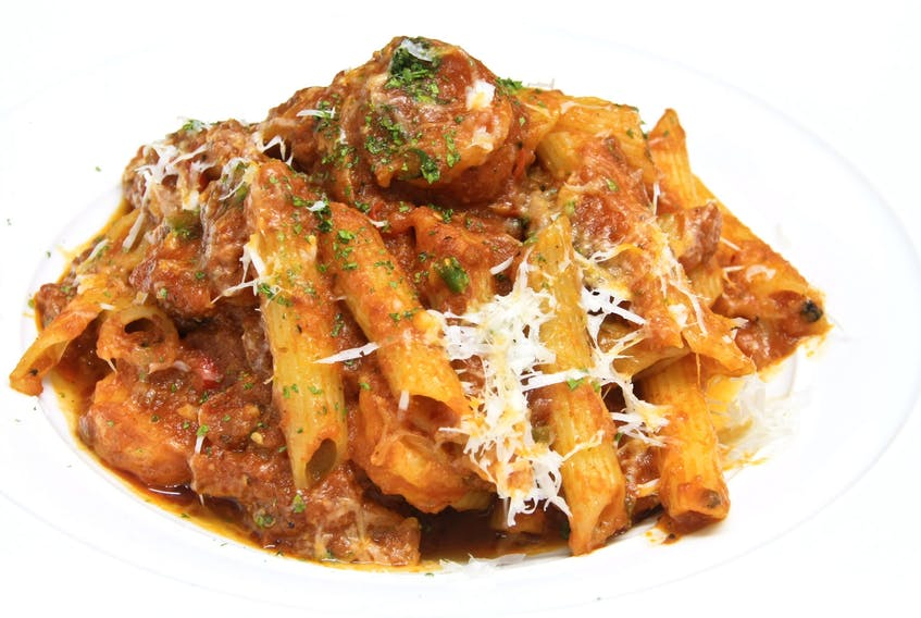 Penne with pulled beef in a creamy mushroom tomato sauce makes great freezer leftover packs.